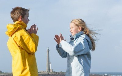 images_Enfants_jaune_bleu_Mary_Mounier